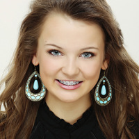 TEEN SOUTHLAKE.HEAD SHOT.LINDSEY BAUMGARTNER